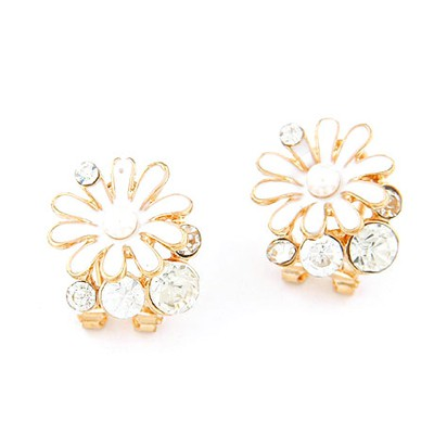 Authentic white chrysanthemum flower decorated design alloy Stud Earrings