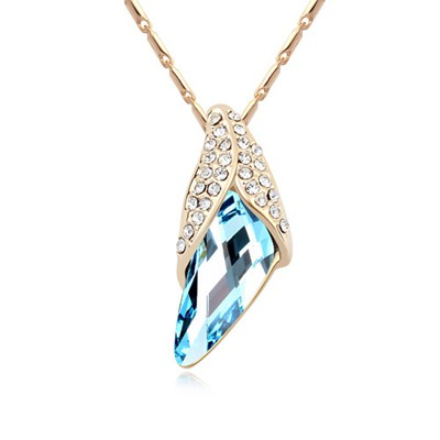 Trendy navy blue diamond decorated simple design crystal Crystal Necklaces