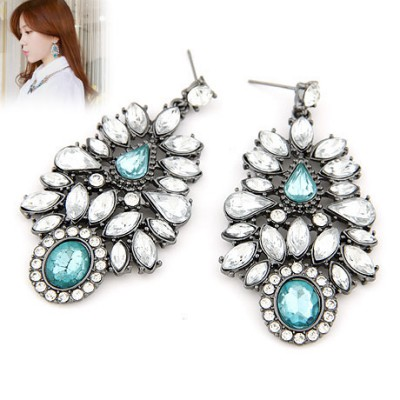 Childrens white gemstone decorated flower design alloy Stud Earrings
