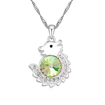 Traditiona Luminous green diamond decorated dragon pendant design alloy Crystal Necklaces
