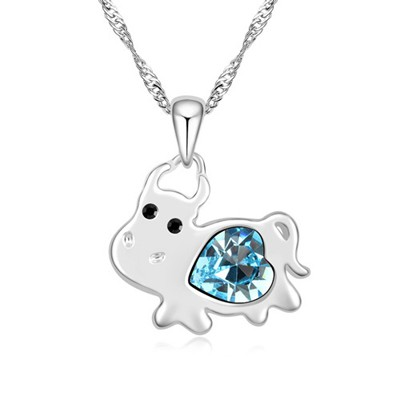 Nautical navy blue diamond decorated cow pendant design alloy Crystal Necklaces