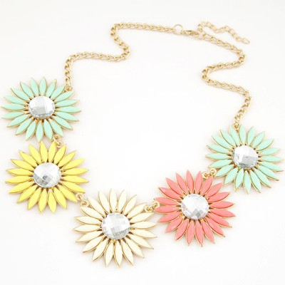 Unique multicolor gemstone decorated flower design alloy Bib Necklaces
