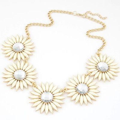 Down beige gemstone decorated flower design alloy Bib Necklaces