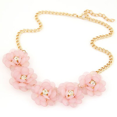 Stainless light pink flower decorated simple design alloy Bib Necklaces