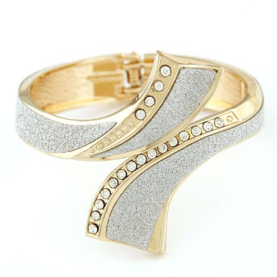 Imitation silver CZ diamond decorated crossover design alloy Fashion Bangles