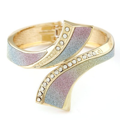 Arrowhead multicolor CZ diamond decorated crossover design alloy Fashion Bangles