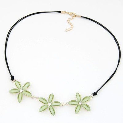 Celtic light green flower decorated simple design alloy Bib Necklaces