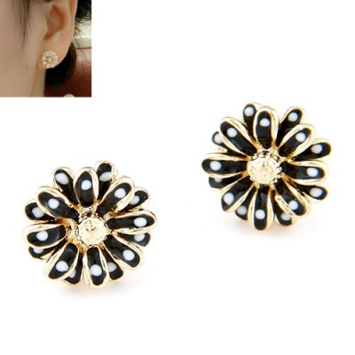 Apparel black CZ diamond decorated flower design alloy Stud Earrings
