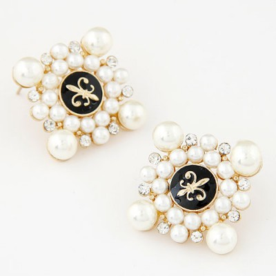 Tie beige pearl decorated square shape design alloy Stud Earrings