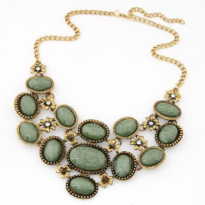 Christmas light green gemstone decorated oval shape design alloy Bib Necklaces