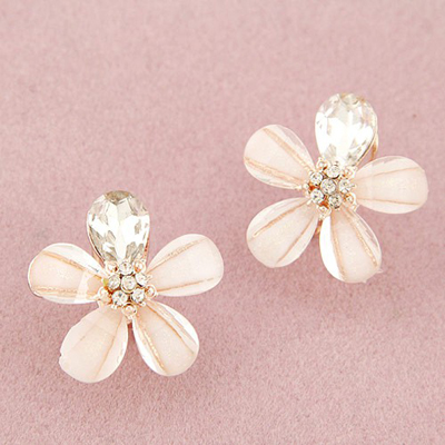 Kennedy beige diamond decorated flower design alloy Stud Earrings