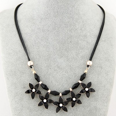 Short black flower decorated simple design alloy Bib Necklaces