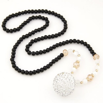 Extra black beads decorated round shape design alloy Beaded Necklaces
