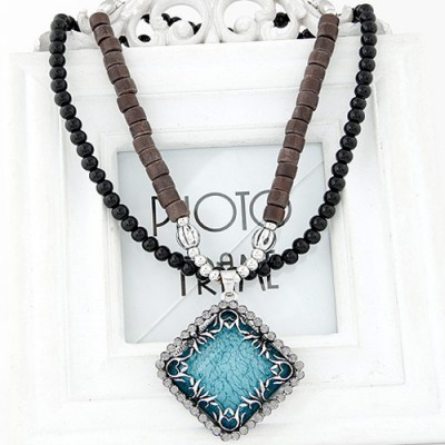 Top Rated light green diamond decorated square pendant design alloy Bib Necklaces