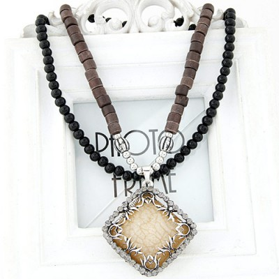 Slim light yellow diamond decorated square pendant design alloy Beaded Necklaces