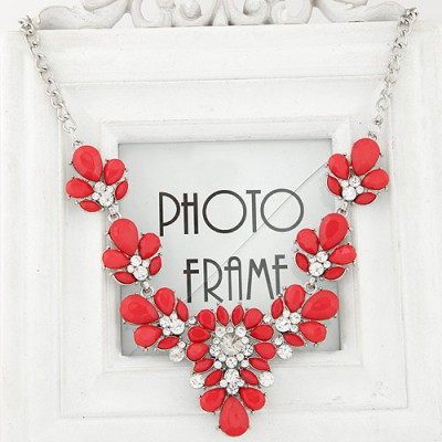 Vera red diamond decorated waterdrop shape design alloy Bib Necklaces