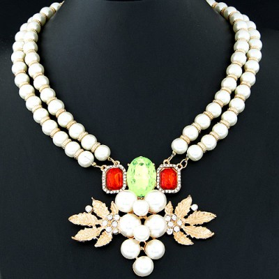 Classic beige pearl decorated grapes shape design alloy Bib Necklaces