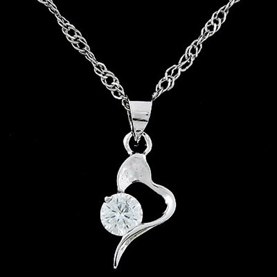 Heather silver color diamond decorated heart shape pendant design alloy Bib Necklaces