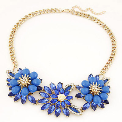 Waltons sapphire blue gemstone decorated flower design