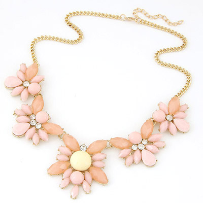 Blank light pink gemstone decorated simple design alloy Bib Necklaces