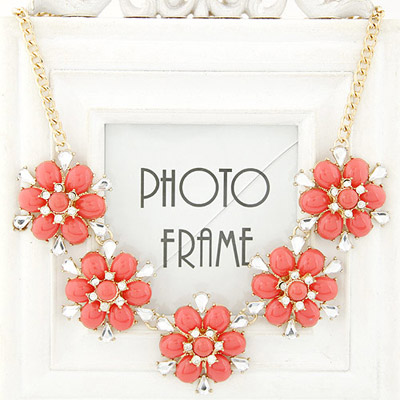 Oversized watermelon red diamond decorated flower design alloy Bib Necklaces