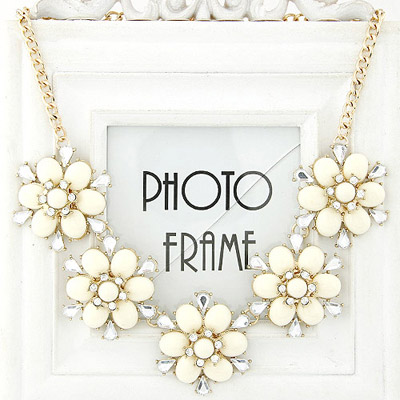 2011 beige diamond decorated flower design alloy Bib Necklaces