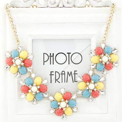 Costume milticolor diamond decorated flower design alloy Bib Necklaces