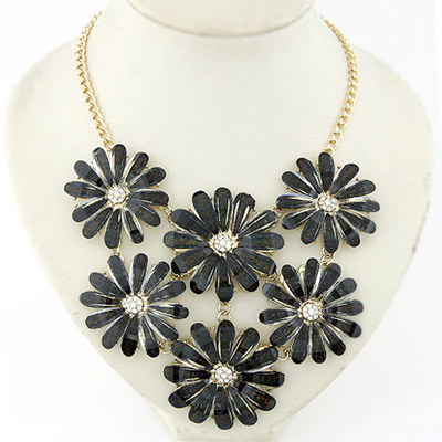 China black flower decorated simple design alloy Bib Necklaces