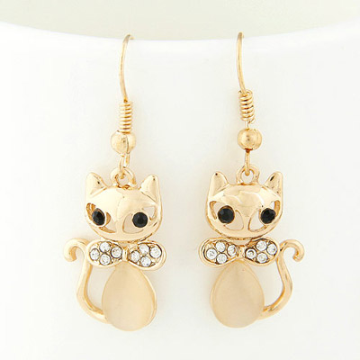 Fit gold color diamond decorated cat shape design alloy Korean Earrings