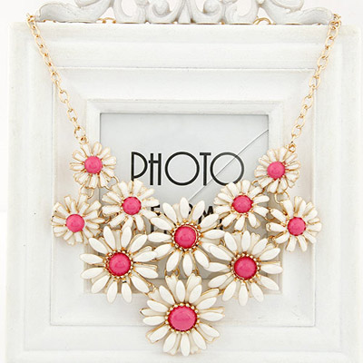 Screw plum red gemstone decorated flower design alloy Bib Necklaces