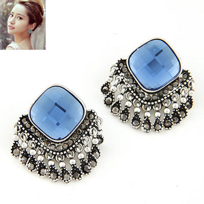 Elephant navy blue diamond decorated tassel design alloy Stud Earrings