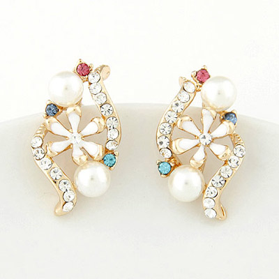 Athena white diamond decorated flower design alloy Stud Earrings