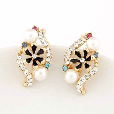 Padded black diamond decorated flower design alloy Stud Earrings
