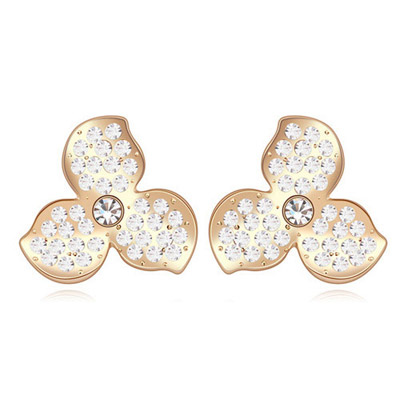 Maturnity White & Champagne Gold Diamond Decorated Clover Shape Design Alloy Crystal Earrings
