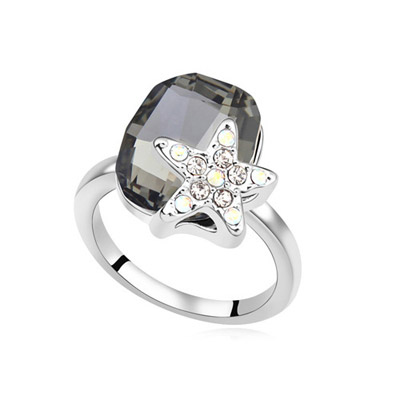Pewter Black Diamond Decorated Star Shape Design Alloy Crystal Rings