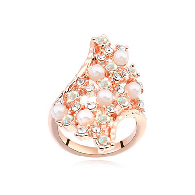 Nautical Color White & Rose Gold Diamond Decorated Geometrical Shape Design Alloy Crystal Rings