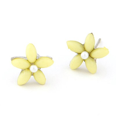 Claddagh Yellow Flower Decorated Simple Design Alloy Stud Earrings