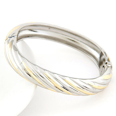 Designs Silver Color Round Shape Simple Design Alloy Fashion Bangles