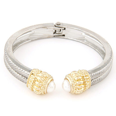 Diaper Silver Color Pearl Decorated Simple Design Alloy Fashion Bangles