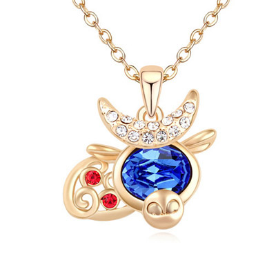 Wrap Blue & Champagne Gold Diamond Decorated Cow Shape Pendant Design Alloy Crystal Necklaces
