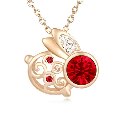 Stainless Light Red & Champagne Gold Diamond Decorated Rabbit Shape Pendant Design Alloy Crystal Necklaces