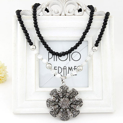 Korean Silver Color Diamond Decorated Flower Pendant Design Alloy Beaded Necklaces