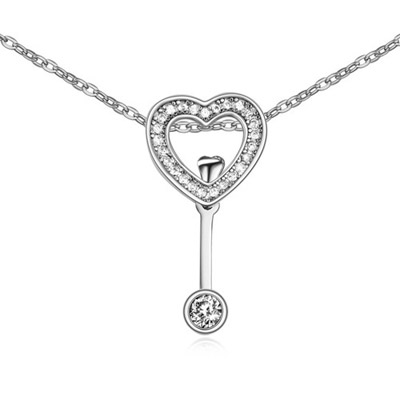 Long White Diamond Decorated Heart Shape Pendant Design Alloy Crystal Necklaces