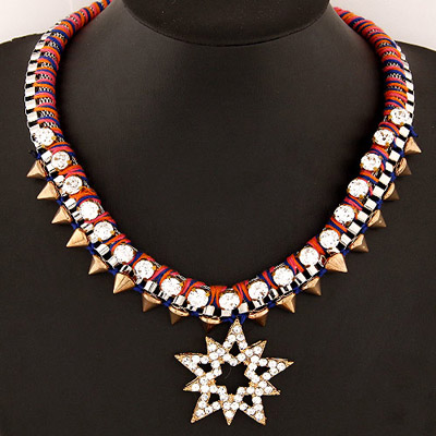 Circle Red Rivet Decorated Lucky Star Pendant Design Alloy Bib Necklaces