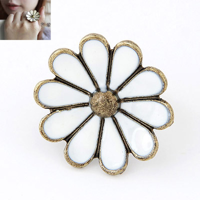 Contempora White Flower Shape Simple Design Alloy Korean Rings