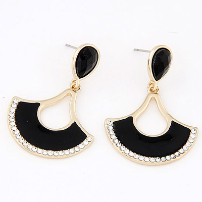 Woolrich Black Diamond Decorated Fan Shape Design Alloy Stud Earrings