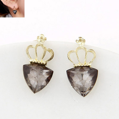 Bodybuildi Gray Triangle Shape Decorated Simple Design Alloy Stud Earrings
