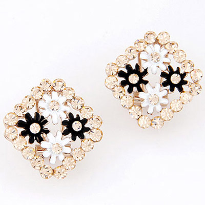 Revealing Black & White Flower Decorated Square Shape Design Alloy Stud Earrings
