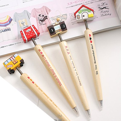 Scene color will be random carton shape simple design wood Writing Pens