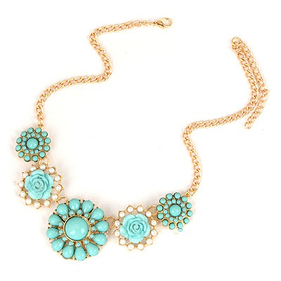 Lucky Blue Sweet Gemstone Flower Pendant Design Alloy Bib Necklaces